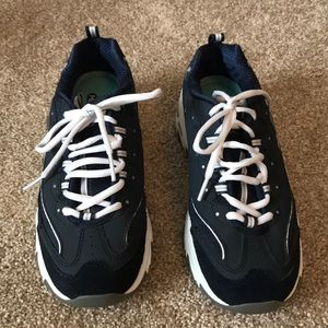 Skechers Navy Blue D'Lites Memory Foam Shoes 7.5